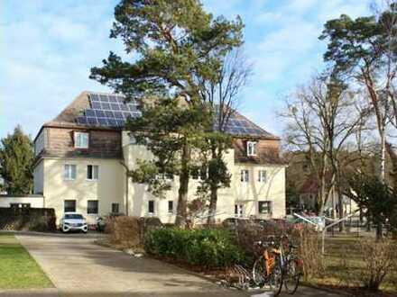 Herrliche Fam. Wohnung in toller Lage in Strausberg, Berliner Str. 83, by IMMOCOVER