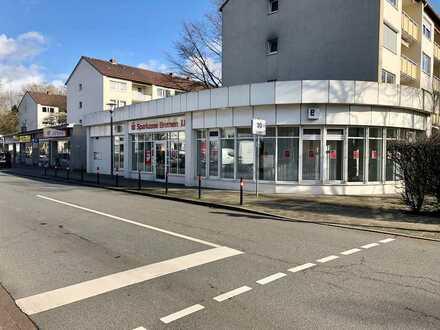 Vermietung eines Ladenlokals in exponierter Ecklage in Bremen-Horn-Lehe