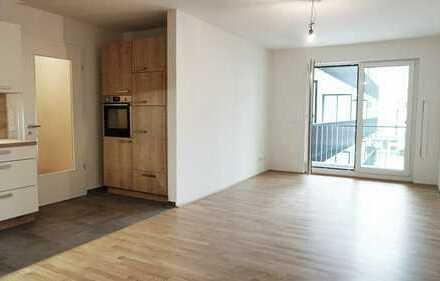 Erstbezug stilvolle 3-Zi-Wohnung mit Einbauküche und Balkon in Neusäß / Augsburg, Nähe Klinikum