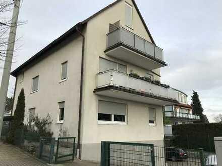 Gepflegte Eigentumswohnung im Erdgeschoss mit einem Stellplatz