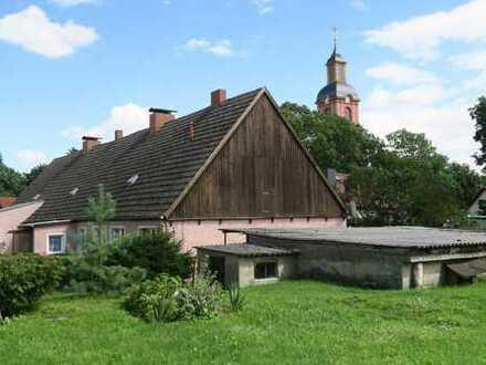 Gepflegtes Renditeobjekt*Hübsches 3 - Parteienhaus mit anliegender Scheune*