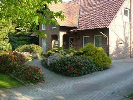 Gepflegte 4-Zimmer-Maisonette-Wohnung mit Einbauküche in Haren (Ems)