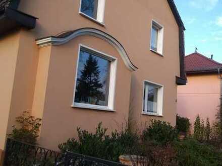 Schönes Einfamilienhaus mit fünf Zimmern in Wandlitz verteilt auf 2 Etagen