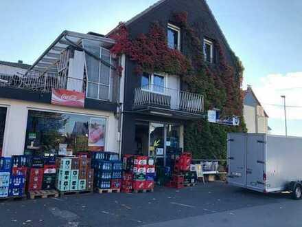 Ebenerdige Büro und Gewerbefläche in Bensberg inkl. Parkplätzen zu vermieten. Derzeit Getränkemarkt.