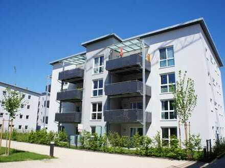 ... neuwertige 3-Zi-Wohnung mit 12m² West-Balkon und EBK ...