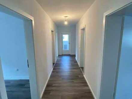 Frisch sanierte 4-Zimmer-Wohnung in ruhiger Lage und trotzdem zentral gelegen