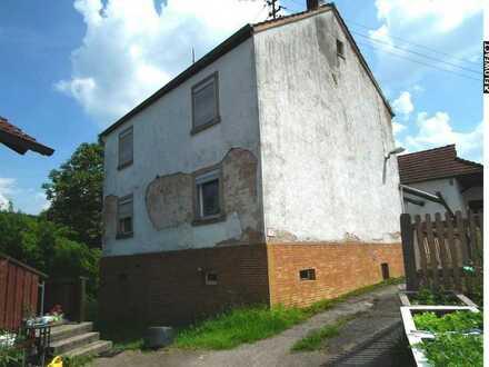 Sanierungsbedürtiges Einfamilienhaus in ruhiger Lage von Aschaffenburg-OT