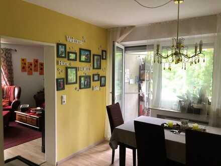 Sanierte 4,5-Zimmer-Wohnung mit 2 Balkonen in Landshut, Piusviertel