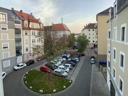 1.114 €, 82 m², 4 Zimmer