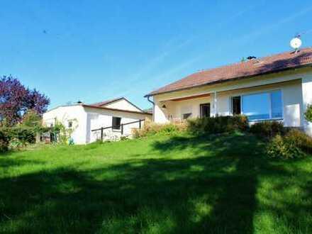 ***Gepflegter Bungalow / Einfamilienhaus in TOP Lage mit großzügigem Garten