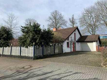 Familien Aufgepasst!!! Einfamilienhaus mit Einliegerwohnung, Garten und in top Lage!