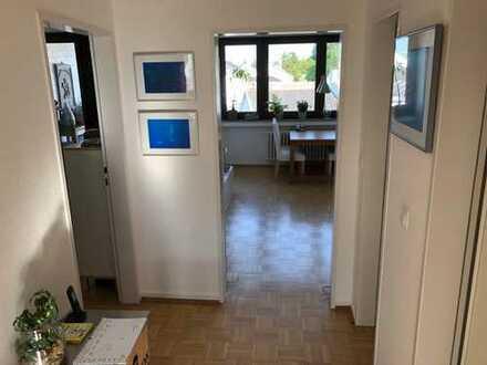 Helle 3-Zimmer-Wohnung mit Balkon in Poppelsdorf