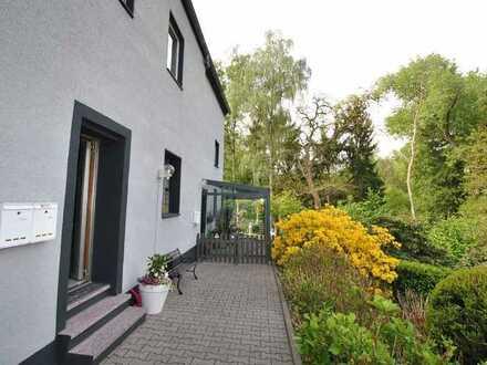 Kleine, frisch renovierte Single-Wohnung in Bochum-Linden !!!