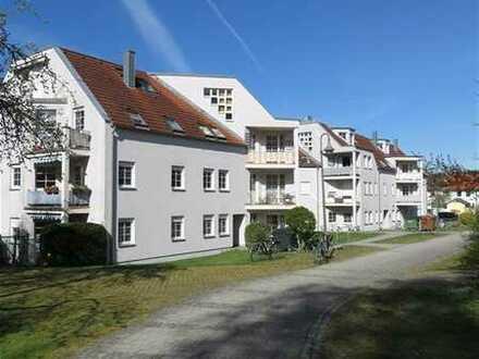 Schöne 1-Zimmer-Wohnung mit Balkon + EBK!