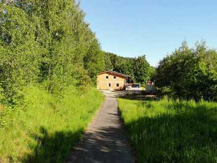 Knapp 2.000 m² Platz zum Erfüllen Ihrer Wohnträume in Schwarzenberg