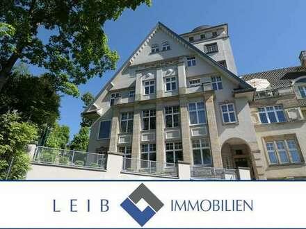 Renovierte 8-Zimmer Wohnung in exklusivem Jugendstilmehrfamilienwohnhaus nahe Hofgarten