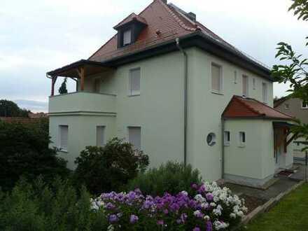 Individuelle 2-Raum-Wohnung mit Terrasse und eigenem Eingang