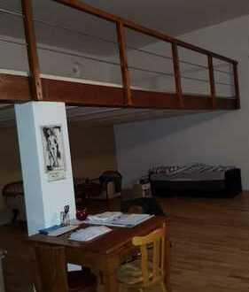 *Mal WAS ANDERES- Hintergebäude mit Loft-Charakter zu vermieten !!!