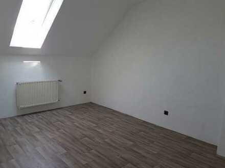 Helle und frisch renovierte vier Zimmer Wohnung in Dortmund, Marten