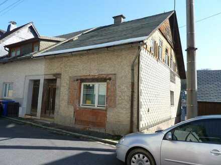 Baufälliges Einfamilienhaus in Steinach *PROVISIONSFREI* in der Zwangsversteigerung zu erwerben