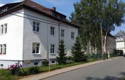 helle, perfekt geschnittene 3 Zimmer Wohnung mit Garten und Carport