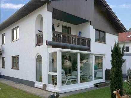 Bad Grönenbach: Bezauberndes Einfamilienhaus mit Wintergarten im Ortsteil Thal