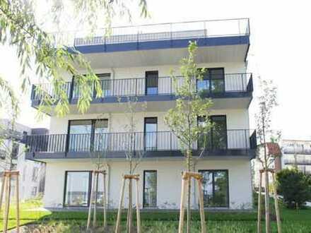 Exklusiver 4-Zimmer-Wohntraum mit direktem Wasserzugang, Balkon, TG und EBK in Friedrichshagen