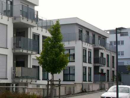 Exklusive, neuwertige 4-Zimmer-Penthouse-Wohnung mit Balkon und Einbauküche in Friedrichsdorf
