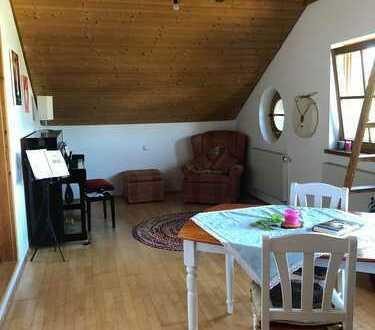 Gemütliche 3 Zimmer DG Wohnung mit Bergblick