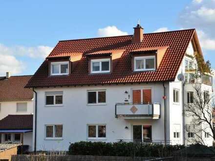 Gemütliche 3-Zimmer Dachgeschosswohnung in zentraler Lage von St. Leon-Rot