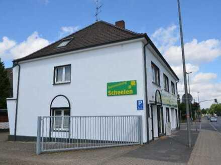 251 m² Praxis- oder Bürofläche Maisonette in der 1. und 2. Etage Römerstraße/Ecke Königsberger Str.