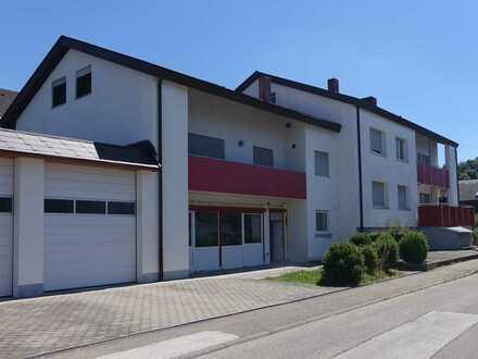 3 Zimmer- Dachgeschoss-Wohnung – Nahe Eselsburger Tal – kleine Wohnanlage
