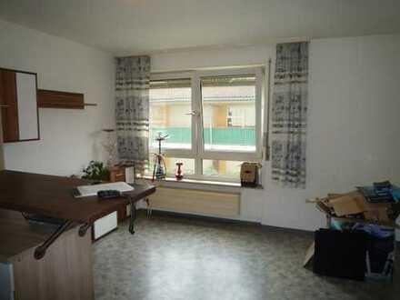 schönes 1-Zimmer-Appartement Nähe Mercedes
