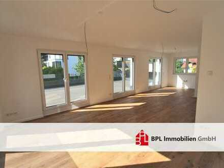 *Exklusive 4 Zi. Obergeschosswohnung* Zentrumslage* 45m² Terrasse*