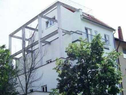 ### Zentrale Lage nahe der Mathildenhöhe - 2-3 Zi. Eigentumseinheit mit 2 Stellplätzen ###