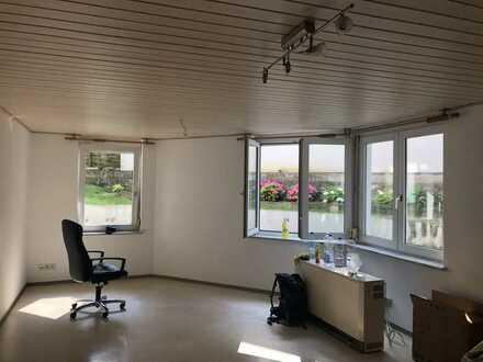 Gepflegte 1-Zimmer-Wohnung mit EBK in March
