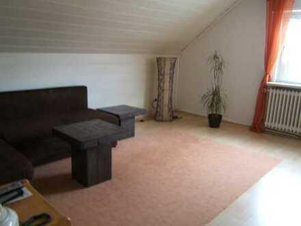 An Wochenendheimfahrer/Pendler gepflegte möblierte 2-Zimmer-Dachgeschosswohnung in Hainburg
