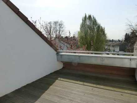 Exklusive 4-Zimmer-Wohnung mit Dachterrasse in Schwalbach am Taunus