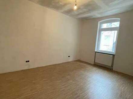 Kernsanierte 4 Zimmerwohnung mit Wohnküche in ruhigem Rückgebäude im Jungbusch!