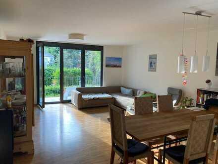 Top WG Zimmer in der Innenstadt -2 Bäder-Wohnzimmer-geiler Balkon NK mit Strom / Internet / GEZ