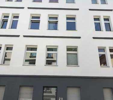 *derzeit vermietete 2 Zimmer Dachgeschoss Wohnung zu verkaufen*