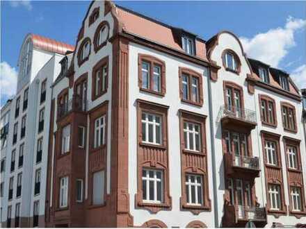 Stilvolle 2 Zimmer Wohnung in Denkmalgeschützten Jugenstilhaus im Stadtzentrum Mannheim