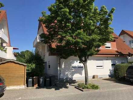 Komfortable Dachgeschosswohnung in Roxheim