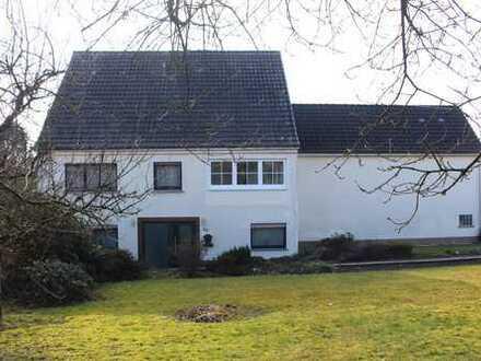 800 €, 170 m², 7 Zimmer