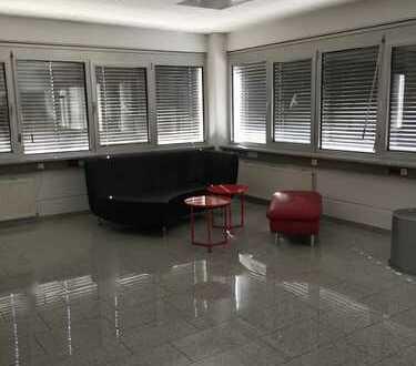 * universal * Büro / Atelier / Showroom ..... was Sie wollen !