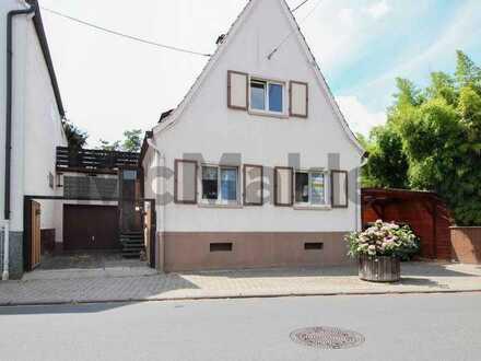 Ortsrandlage für Ihre Familie: Gepflegtes EFH mit Garten, Dachterrasse und Gestaltungspotenzial