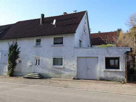 Preiswertes Haus mit Scheune, Werkstattanbau und Garten