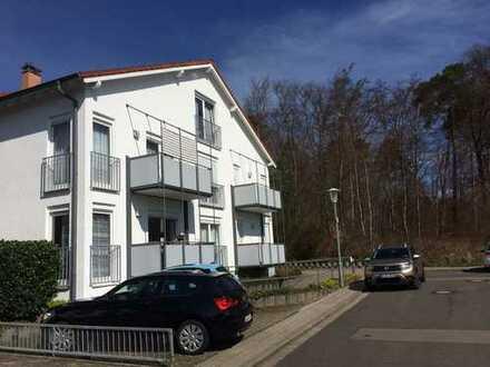 PRIVAT: Gepflegte 2-Zimmer-Wohnung mit 2 Balkonen + Tiefgarage in KL Hohenecken (Sackgasse/Waldrand)