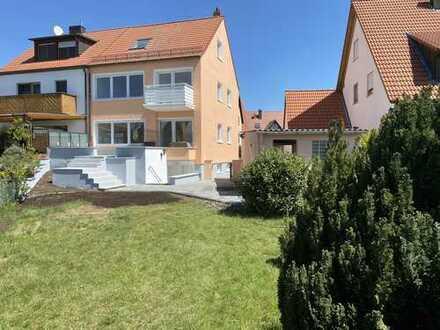 Schönes, geräumiges Haus mit vier Zimmern in Nürnberg, Neunhof