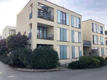 Penthouse-Wohnung auf zwei Ebenen mit mediteranem Flair in der Mitte von Eschborn